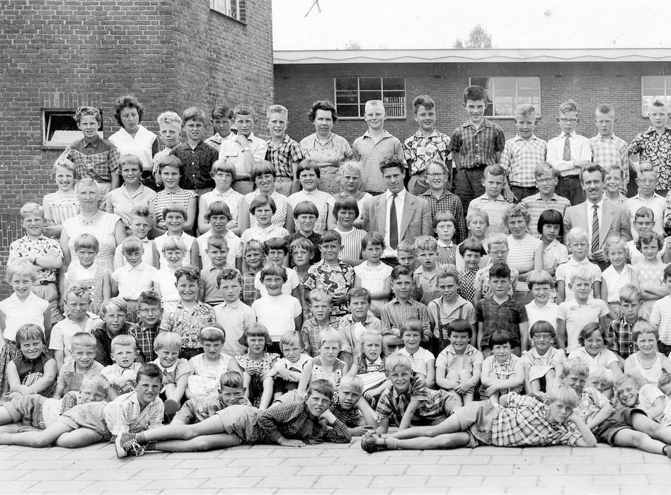 Openbare School 04 1955-60 Kon.Wilhelminaschool_Links