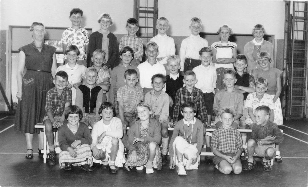 Openbare School 04 1956 Klas 3 met Juf Hoogland 01_3