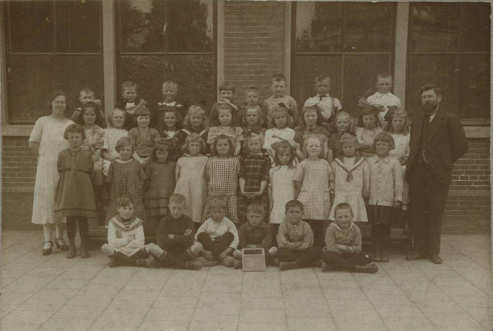 Openbare School 09 1925 Zwanenburg Klas 2