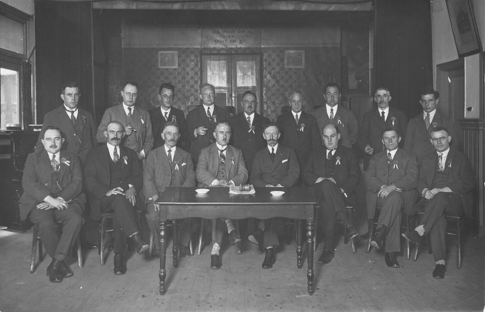 Oranjecomite Nieuw Vennep 1929 met oa Dokter Schreuder