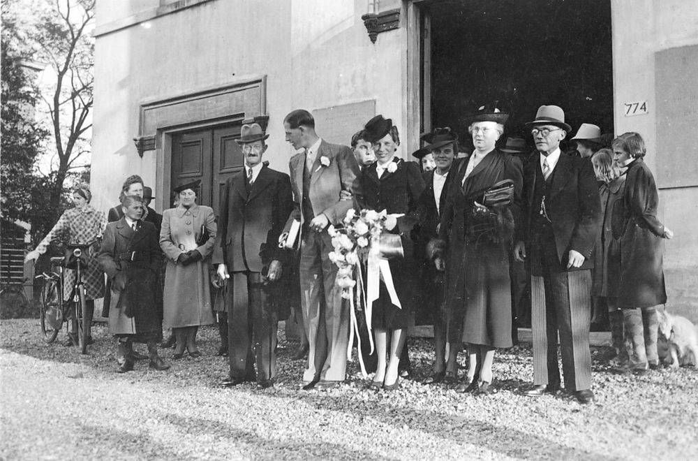 Oskam Arendina 1919 1941 trouwt H J de Jong 03