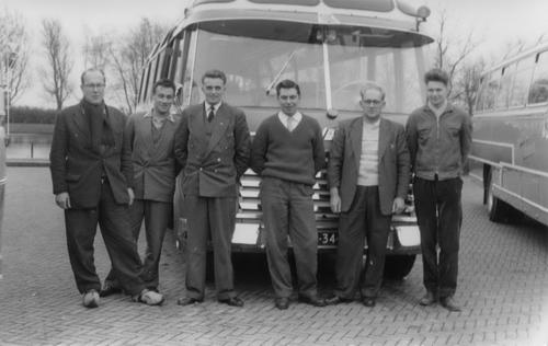 Oskam Gerrit 196_ GEOS Bus met Gerrit Bosman ea 02