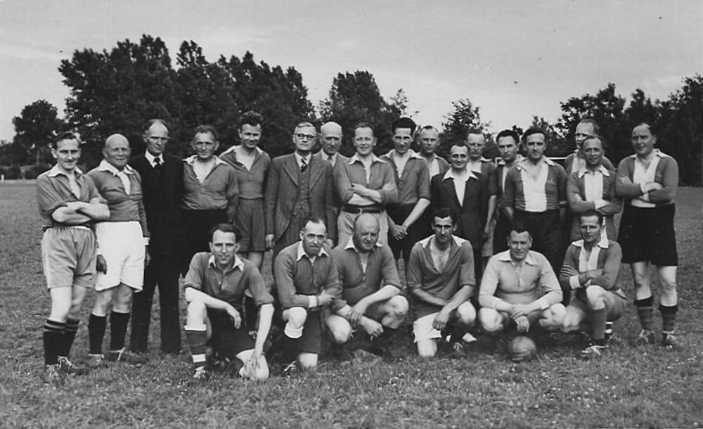 Oudheusden J A 19__ in Voetbalteam