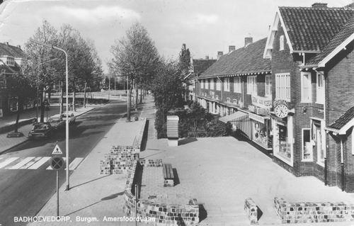 Pa Verkuyllaan 1971 Zicht naar Burg Amersfoordtlaan