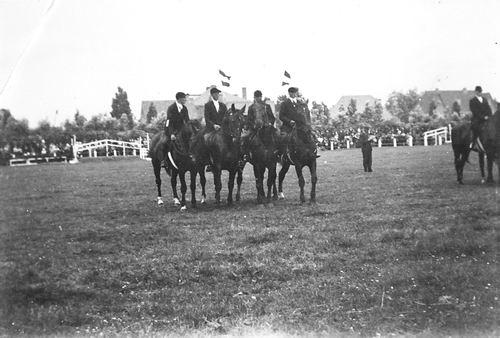 Paardenvereniging Venneper Ruiters 19__ 07