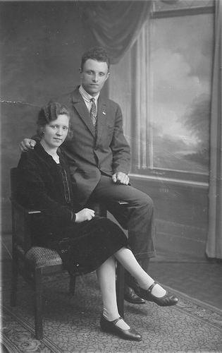Pelt Barend v 1930 met Vrouw Alida v Essen