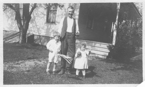Pelt Cornelia Johanna v 1924 Vader met kinderen in USA