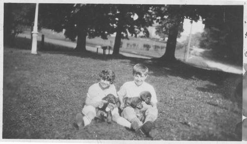 Pelt Cornelia Johanna v 19__ Jannetje haar kinderen in USA