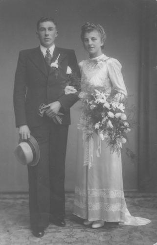 <b>ZOEKPLAATJE:</b>Pelt Fam v 19__ Onbekend trouwt in Gorinchem 051