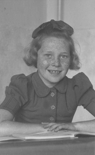 Pol Lenie vd 1940 19__ Schoolfoto 086