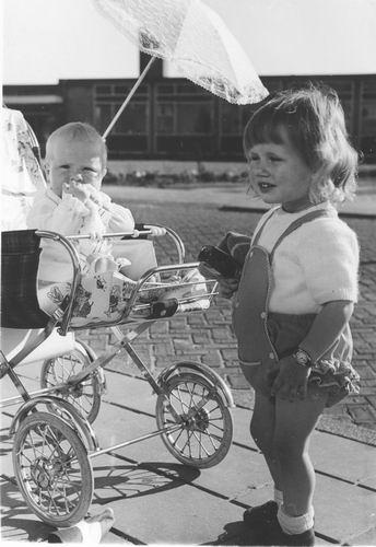 Pol Lenie vd 1940 19__ Zoontje Jan Zuidweg
