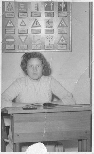 Pol Lenie vd 1940 19__ Schoolfoto 975