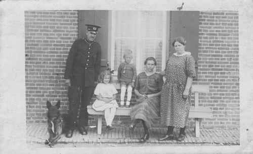 Pol Willem Janzn vd 18__ 1926 Gemeente Veldwachter in Eethen