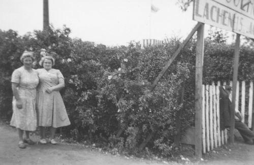 <b>ZOEKPLAATJE:</b>Pol Lenie vd 1940 19__ bij Doolhof met Onbekend 01