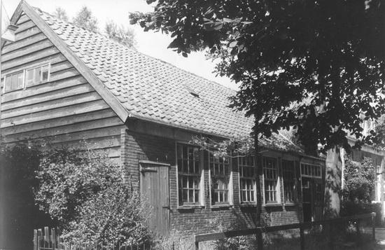 Raadhuislaan 0012 1979 Timmerschuur_2