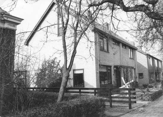 Raadhuislaan 0013-14 1986