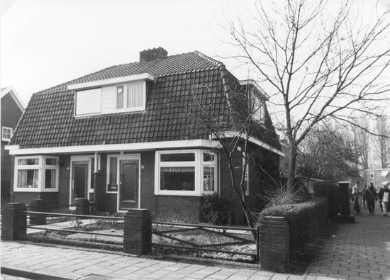 Raadhuislaan 0023-24 1986