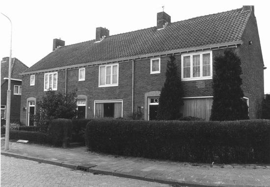 Raadhuislaan 0043-41