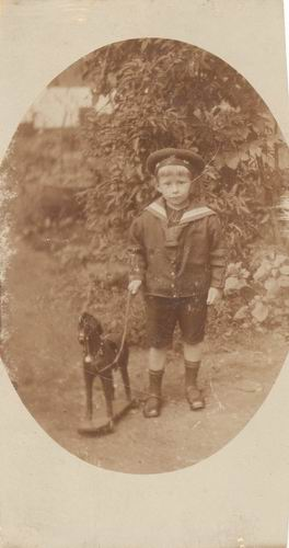 Resoort Hennie 1920 in de Tuin