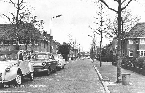 Rietvinkstraat 1965 hoek Sperwerstraat naar N