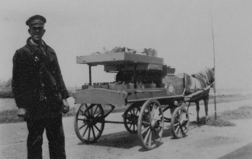 Rip Jacob Sr 1947 Olieboer met Paard en Wagen