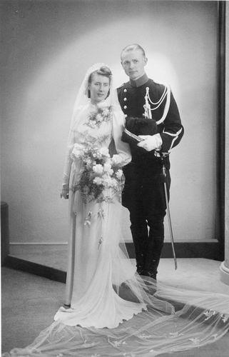 Roodenburg Janny trouwt Jan Russchen