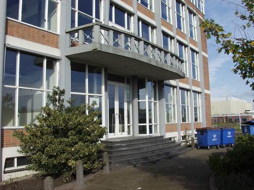 Schipholdijk 022_ 2008 Kantoor Fokkerfabriek vlak voor Sloop 07