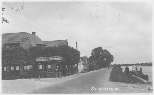 Schipholdijk 0270 1944 Cafe Wink