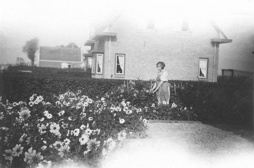 Schipholweg N 008_ 1938 vanaf 79 - Huize H J Meijer