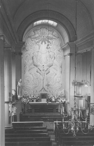 Schipholweg N 0641 1952 RK Kerk Interieur