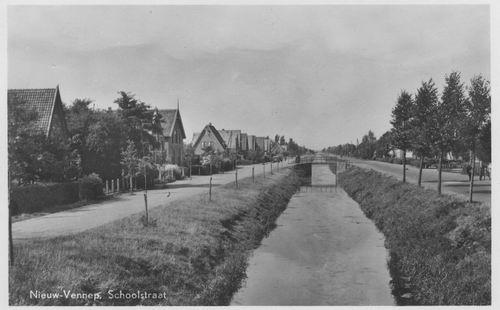 Schoolstraat 000_ 1951 met Venneperweg