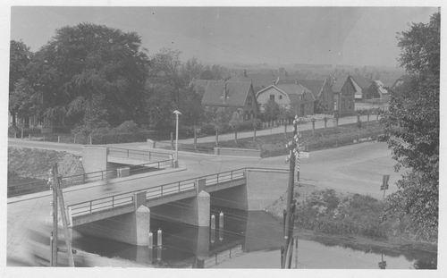 Schoolstraat 000_ 19__ met Hoofdvaartbrug
