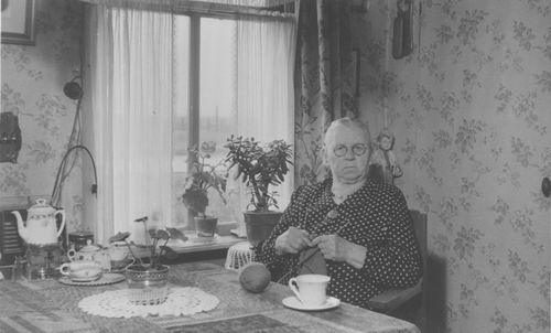 Schouten - van der Maas Magdalena Adriana 1955 in Huis