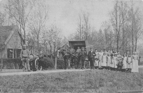 Sloterweg W 1425 1911 Goudriaan met mensen