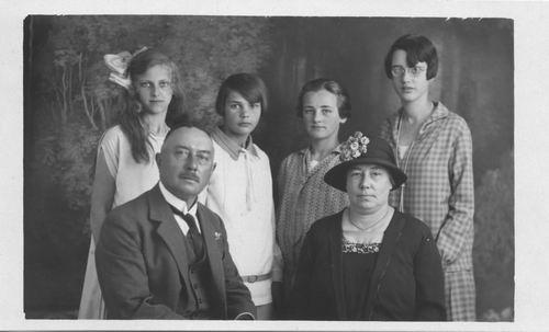 Smit Maartje 1913 1927 logeert bij fam Klaas Siegerist