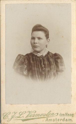 Smit Nicolaas 1877 19__ Portret van Vriendin