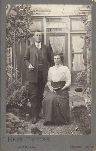 Smit Nicolaas 1877 19__ met vrouw Cornelia v Maasdam