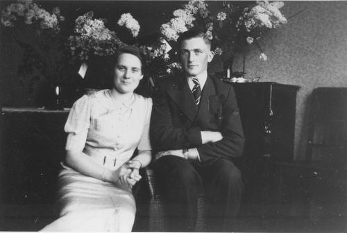 Smit Nicolaas 1914 1938 Verloving met Guus Ramp