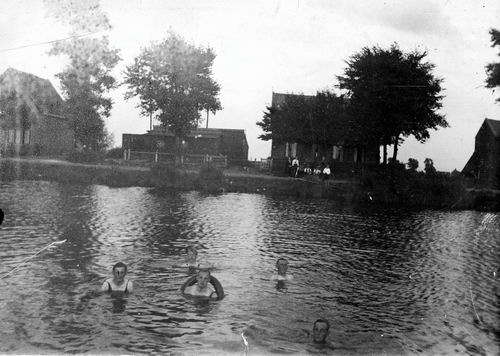 <b>ZOEKPLAATJE:</b>Smit Onbekend 19__ Zwemmen in de Ringvaart