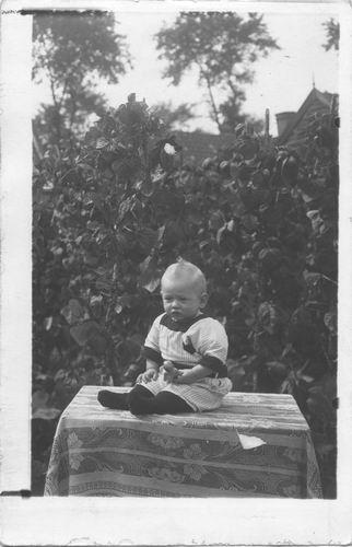 Spaans_Jan_1914_19___Babyfoto_Zv_Ploontje_v_Maasdam