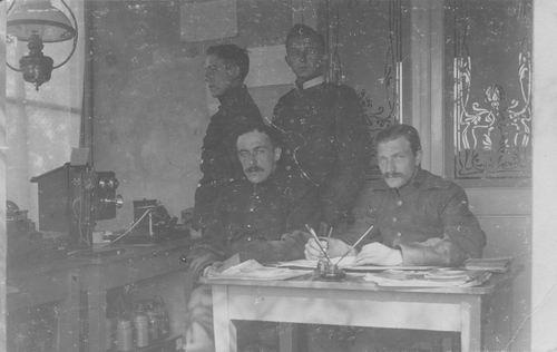 Spieringweg W 062_ 19__ Militaire Telegraaf personeel.jpg