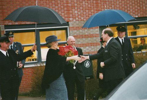 Spieringweg W 0801 2004 Koningin beatrix op bezoek bij Paswerk