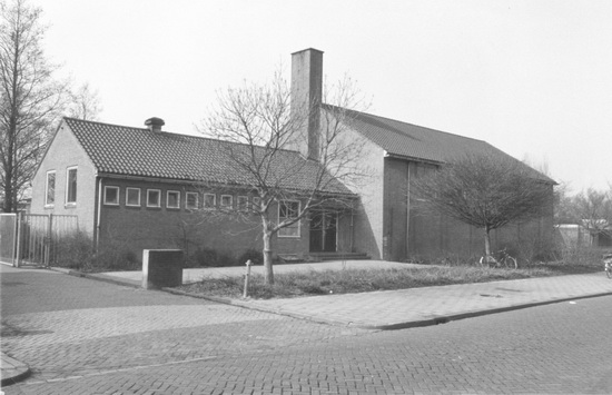 Ter Veenlaan 0016 1986 Gymzaal Re-exposure of