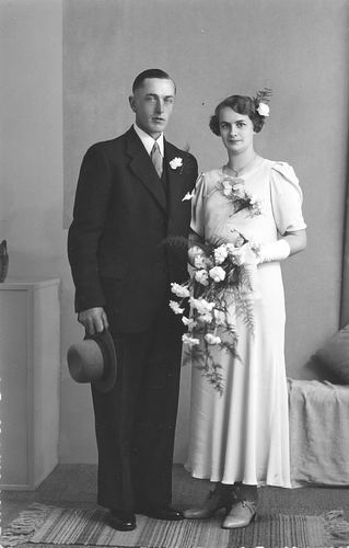 Tichelaar Cees 1908 1937 trouwt Marie Eigenhuis