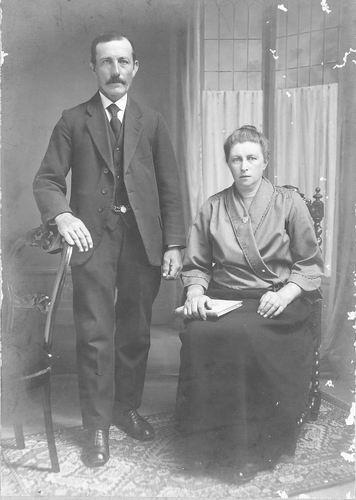 Tichelaar Johannes 1870 1922+ met 2e vrouw Marritje Hoogendoorn