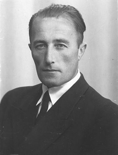 Tichelaar Johannes G 1906 19__ Portret