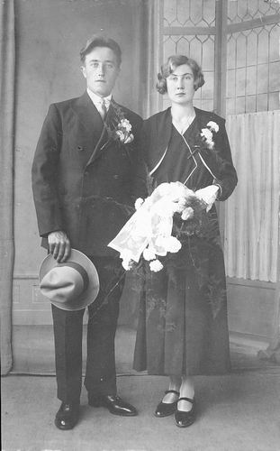 Tichelaar Johannes G 1906 19__ trouwt Antje van den Oever