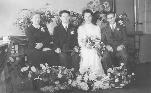 Tichelaar Teuntje 1913 19__ trouwt A Blok 02
