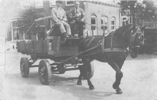 Tienderen Gebr v 1940 Arie met Paard en Wagen