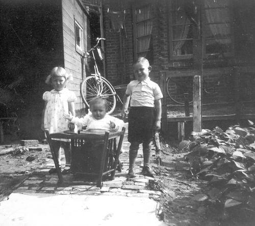 Timmerman Gauk 194_ met Kinderen 03